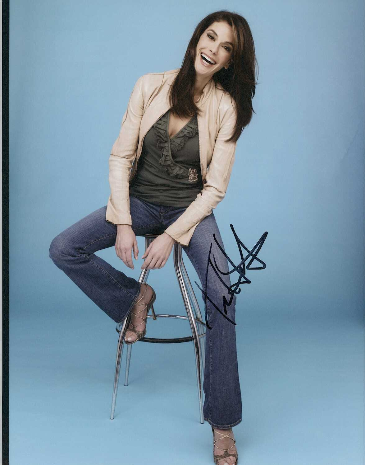 Primary image for Teri Hatcher Signed Autographed Glossy 8x10 Photo