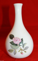 Wedgwood Bone China White Hathaway Rose Flower Bud Vase Made in  England... - $30.12