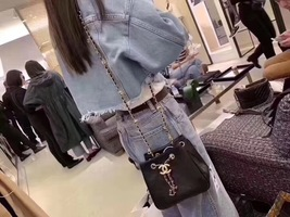 NEW AUTHENTIC CHANEL 2019 BLACK LEATHER DRAWSTRING BUCKET BAG GOLD HW RECEIPT  image 7