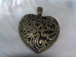 Estate Large Antique Goldtone Swirly Openwork Puffy HEART Pendant – 2 x ... - $4.99