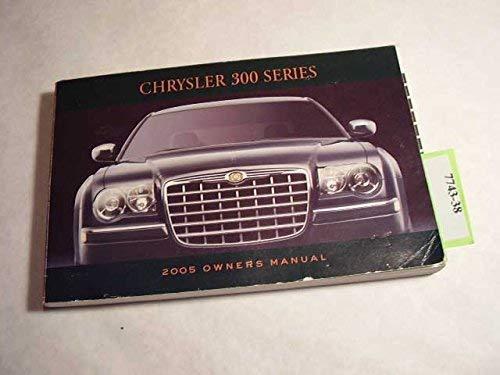 2005 chrysler 300 owners manual paperback jan 01 2005. Black Bedroom Furniture Sets. Home Design Ideas