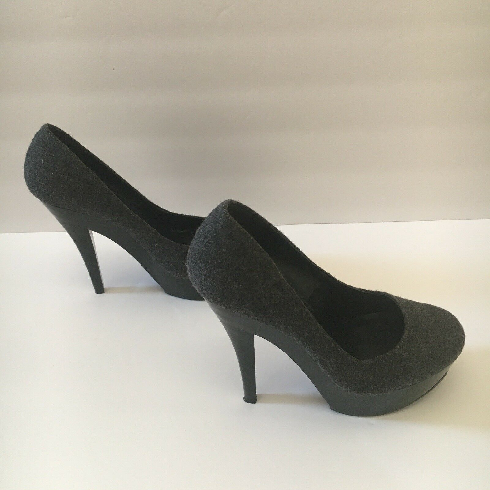 Jessica Simpson Gracex Gray Wool Round Toe Platform Pumps Heels Size 7.5 M  image 4