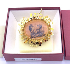 The Hummel Gold Christmas Ornament 1987 Switzerland The Opinion In Original Box - $11.75