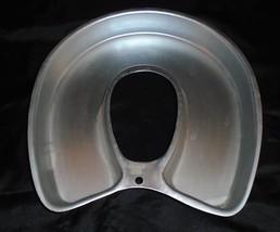 VINTAGE WILTON 2105-3258 ALUMINUM  HORSESHOE CAKE PAN Bed pan shape - $14.84