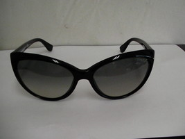 Authentic women's Tom Ford Sunglasses cat eye TF 231 Black 01B MARTINA - $168.25