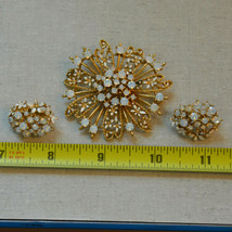 Vintage jewelry set gold tone white opal clip floral flower earrings bro... - $34.64