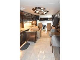2017 THOR MOTOR COACH TUSCANY 45AT For Sale in Severn, MD 21144 image 4