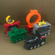 SET of 5 McDonald's HOLIDAY EXPRESS TRAIN Cars Set Happy Meal Toys 2017 - $10.74