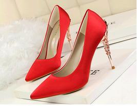 pp338 Excellent pointy pump w metallic heel,satin surface.US Size 4-8.5, pink - $48.80