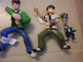 """2 Ben 10 Action Figure 6"""" + 2 mini 2"""" alien figures - $11.88"""
