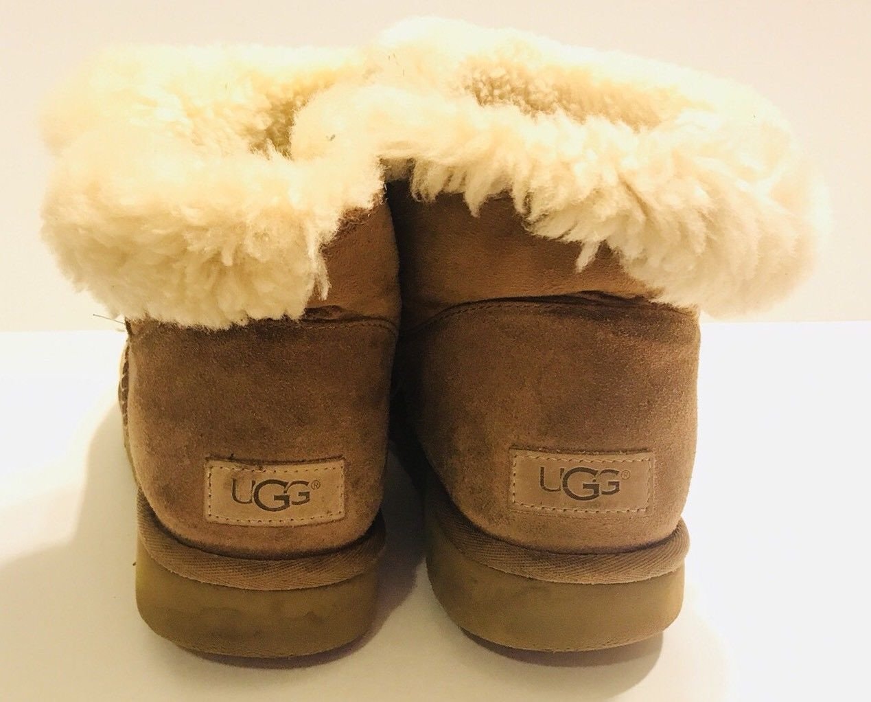 e9babd901c5 Ugg Australia Mini Bailey Button Chestnut and 21 similar items