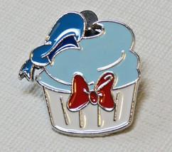 Walt Disney Parks 2011 Donald Duck Cupcake bowtie cake pin Trading Trade... - $24.74