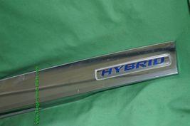 2010-11 Honda Insight Trunk Lid Garnish Trim Molding Finish Tag Lights - Chrome image 3