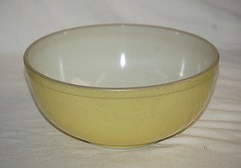 "Old Vintage Primary Yellow by Pyrex 10-1/2"" Mixing Bowl #404 ~ 4 Qt. MCM USA - $34.64"