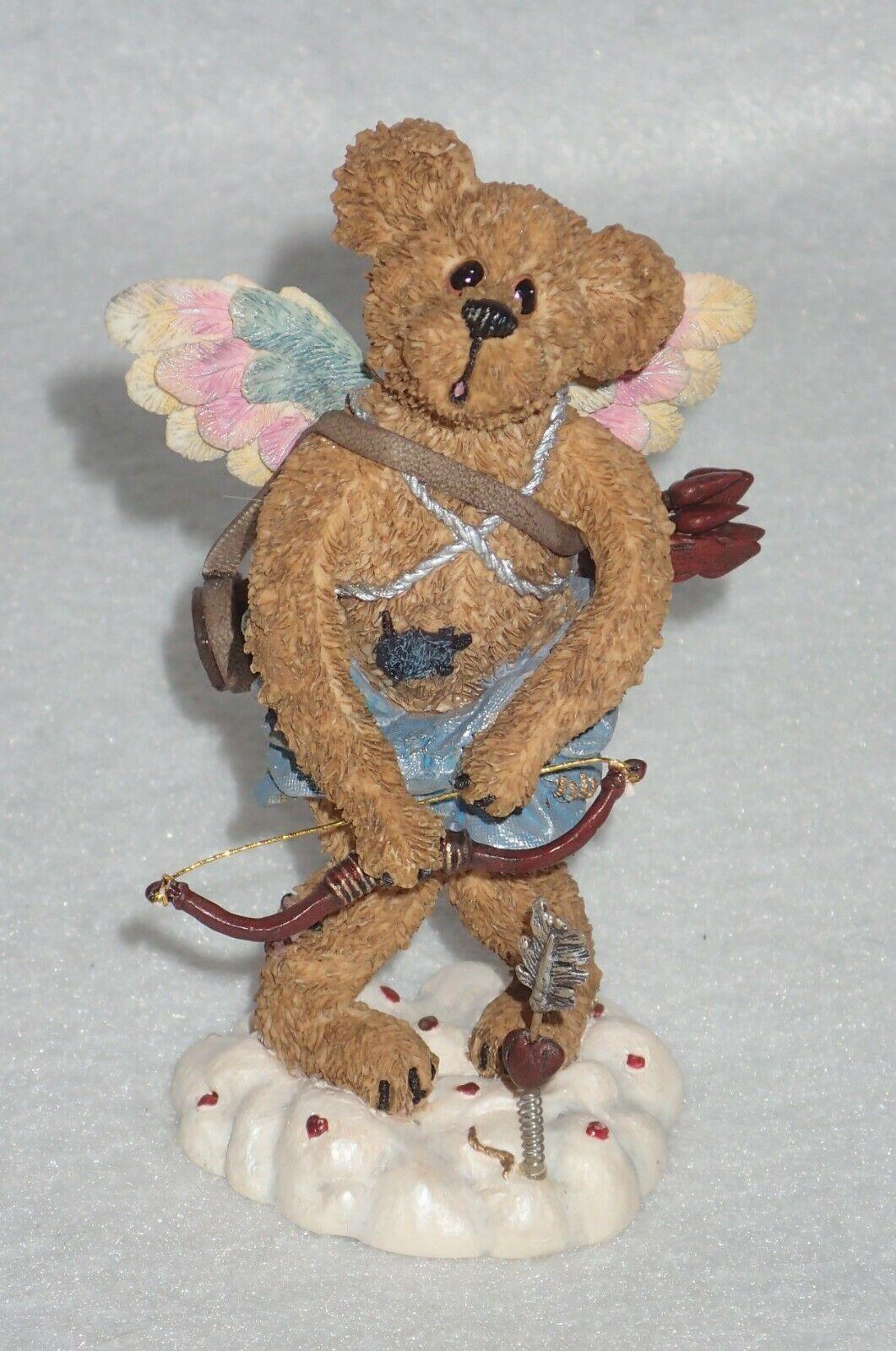 Boyd Bearstone Resin Bears Valentino Slipshot Aim 'Em High Figurine #82006