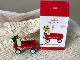 Hallmark Keepsake Ornament A Wagon For Christmas 2013 - $11.30