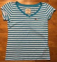 Hollister Women's Blue & White Striped Short Sleeve Pocket Shirt - Size: XS - $13.36