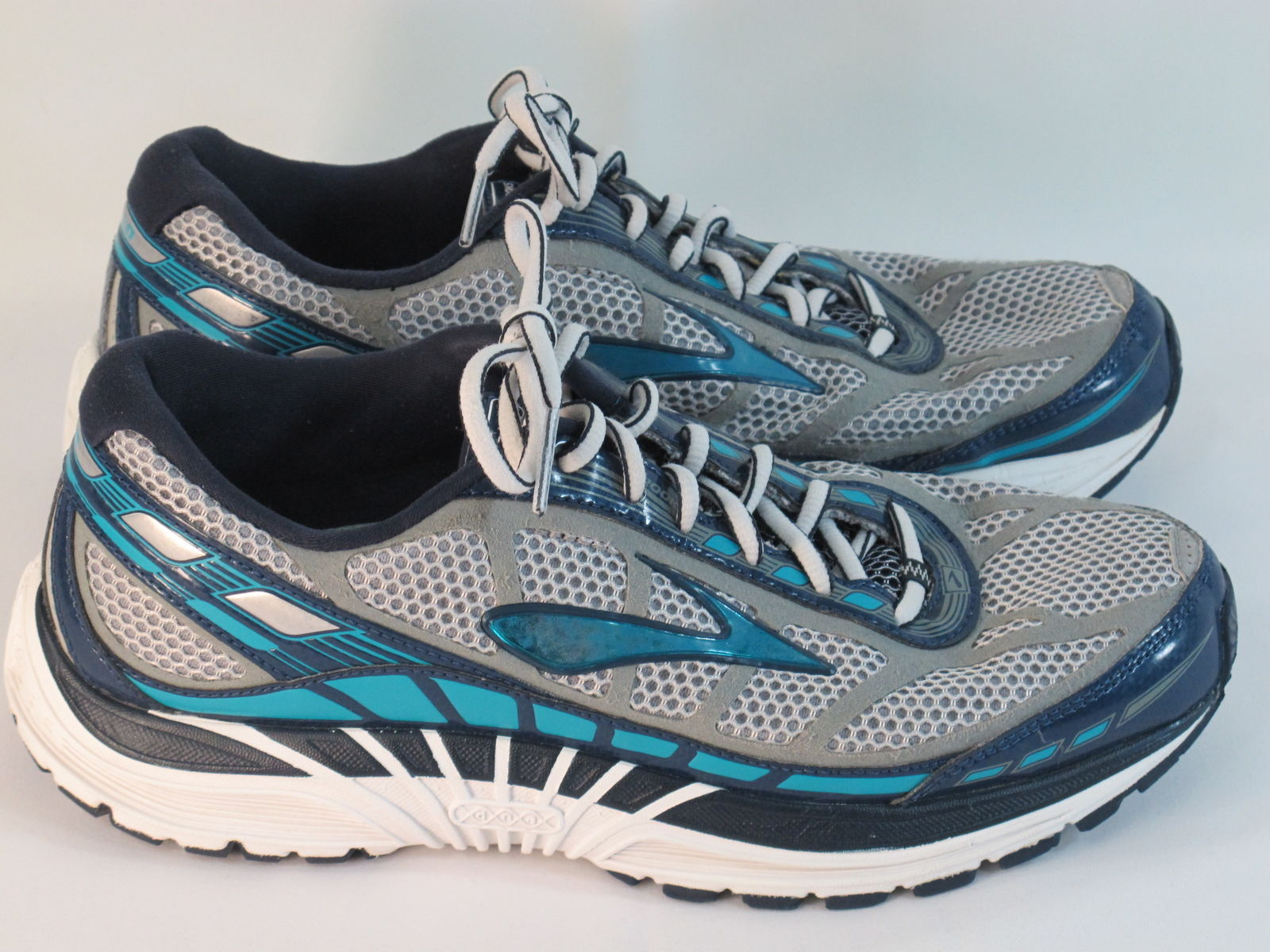 480e81c5755 Brooks Dyad 8 Running Shoes Women s Size 9.5 and 50 similar items. S l1600