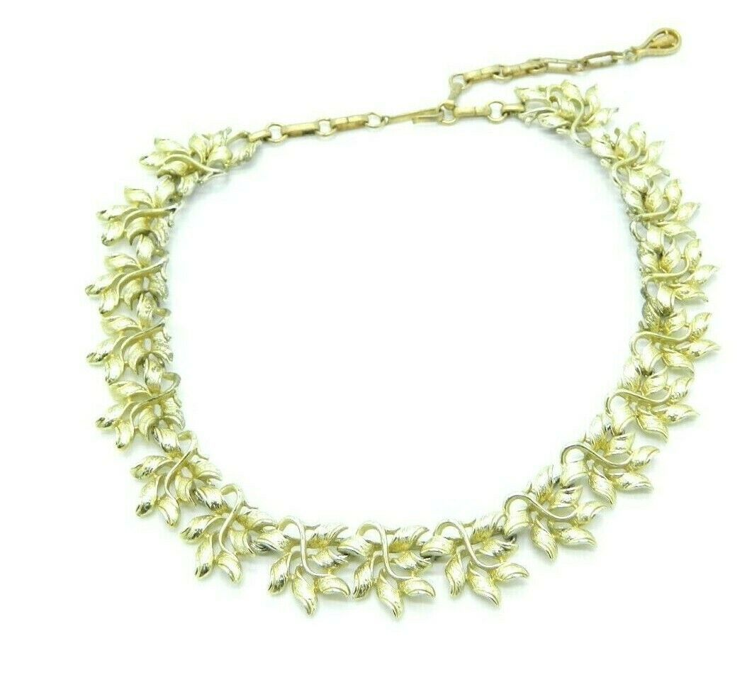 Primary image for CORO Signed Modern Abstract Textured Leaf Gold Tone Choker Necklace Vintage