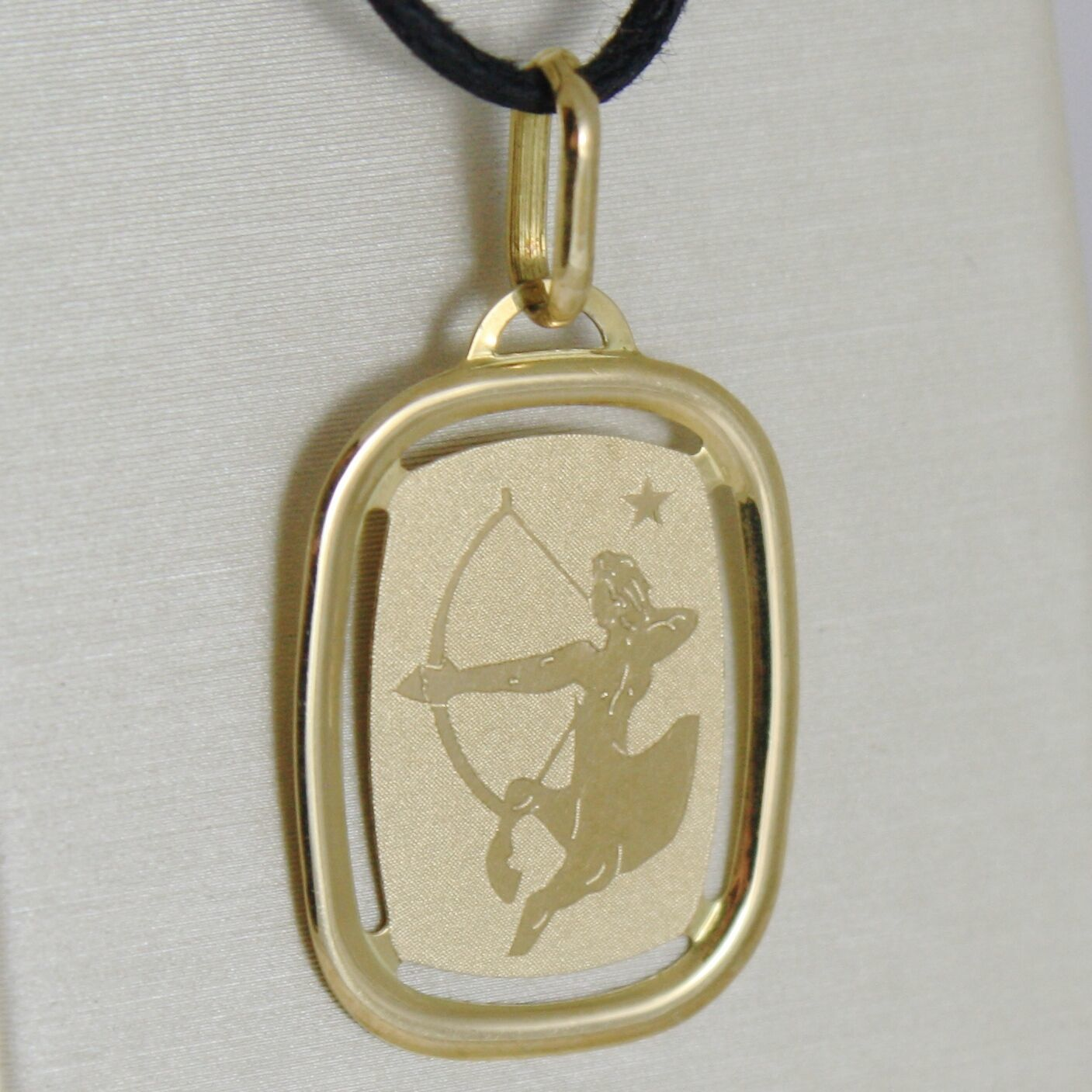 SOLID 18K YELLOW GOLD SAGITTARIUS ZODIAC SIGN MEDAL PENDANT, MADE IN ITALY
