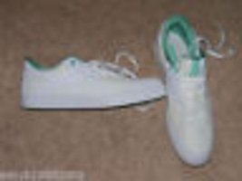 Reebok White & Green Shoes Size 10 Women's NEW LAST ONE HTF - $56.80