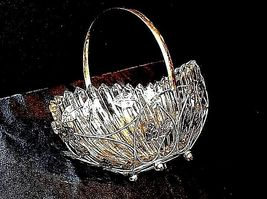 Heavy Glass Basketwith Metal Carrier with handle / Leaf DesignAA18-11912 Vint image 8