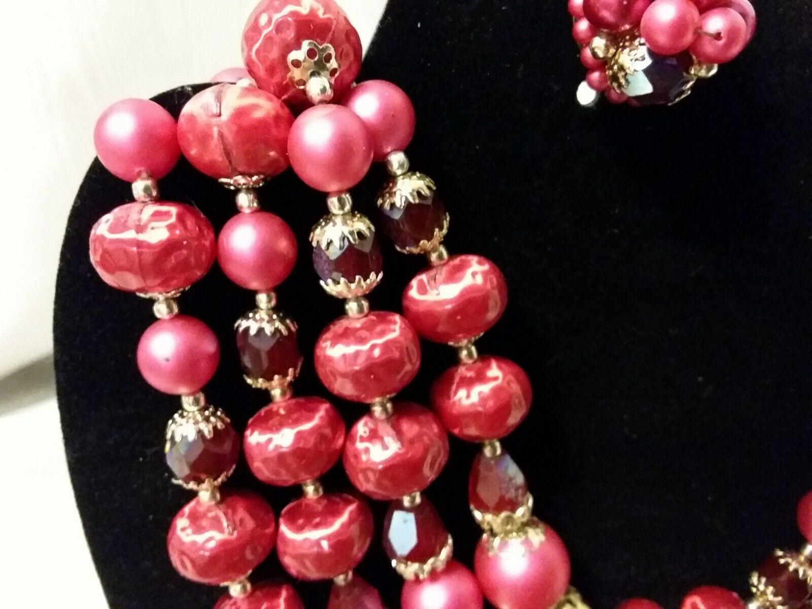 Vintage MadMen 4 Strand Graduated Glass? Bead Bib Necklace & Clip Earrings Japan