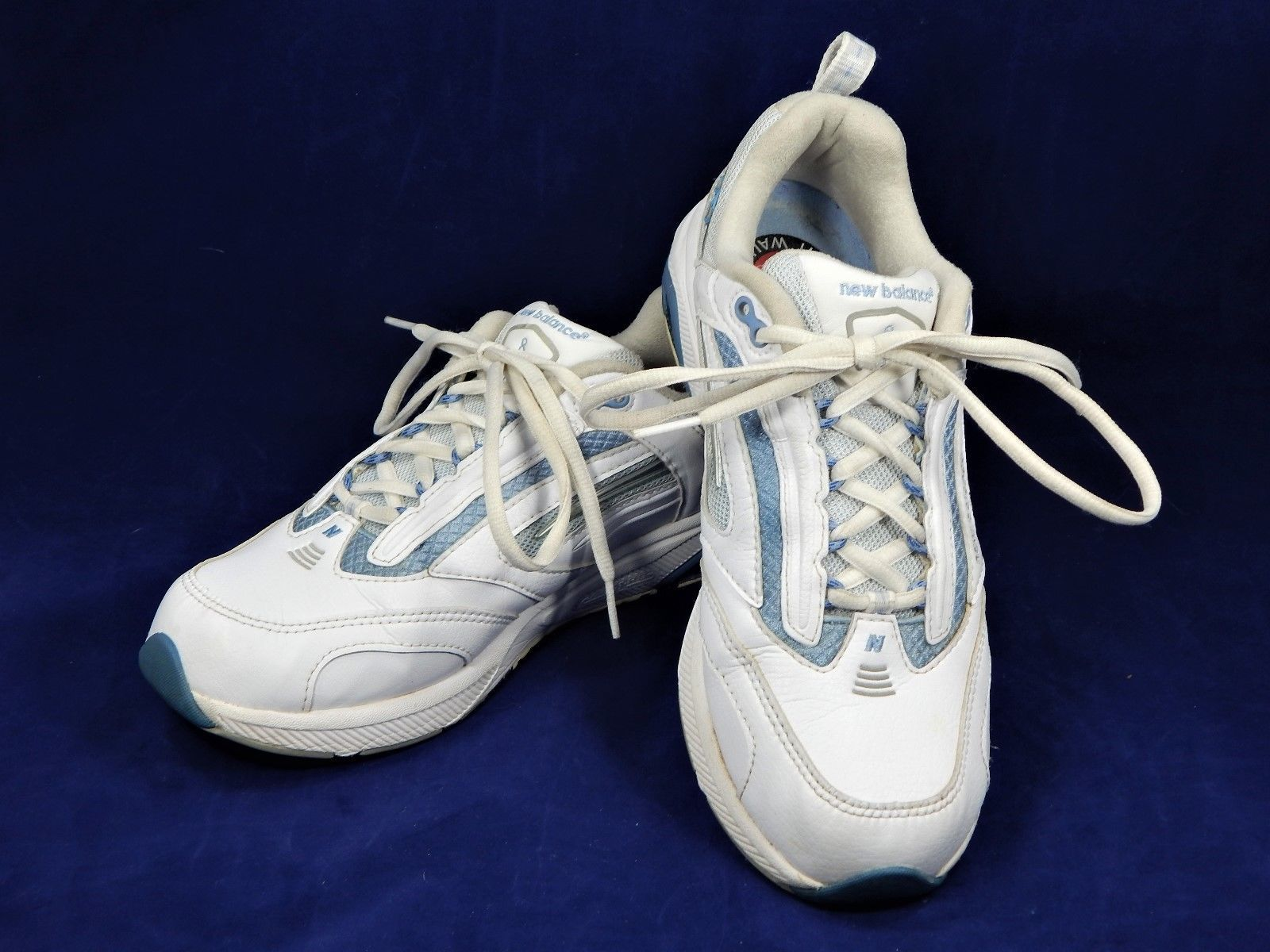 New Balance WW830LB Women s Shoes White   Light Blue Walking Shoe Size 8B  EUC! 0ac8b9ff78