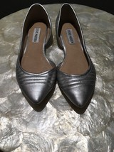 Steve Madden Elusion Women's Silver Pointed Toe Flats Shoes Size 6B - $25.00