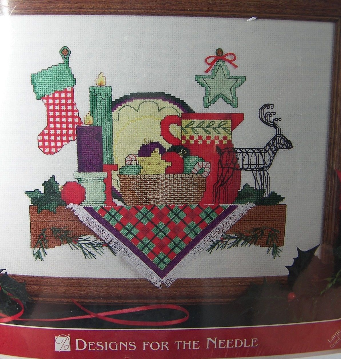 """Christmas Traditions Shelf Cross Stitch Kit 1962  9 x 12"""" Designs for the Needle"""