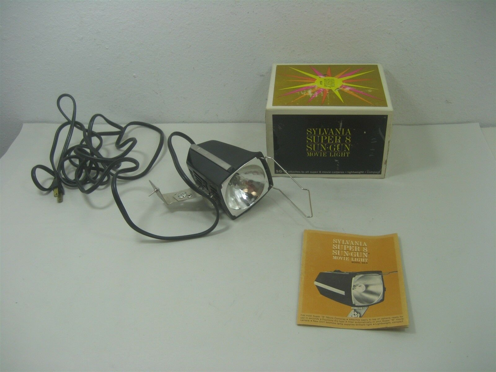 Primary image for Vintage Sylvania Super 8 Sun Gun Movie Light Model SG8