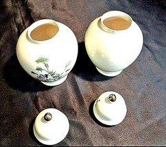 Ceramic Urns with Gilt Domed Lid ee82 AA18-1204 Pair of Vintage Japanese image 2