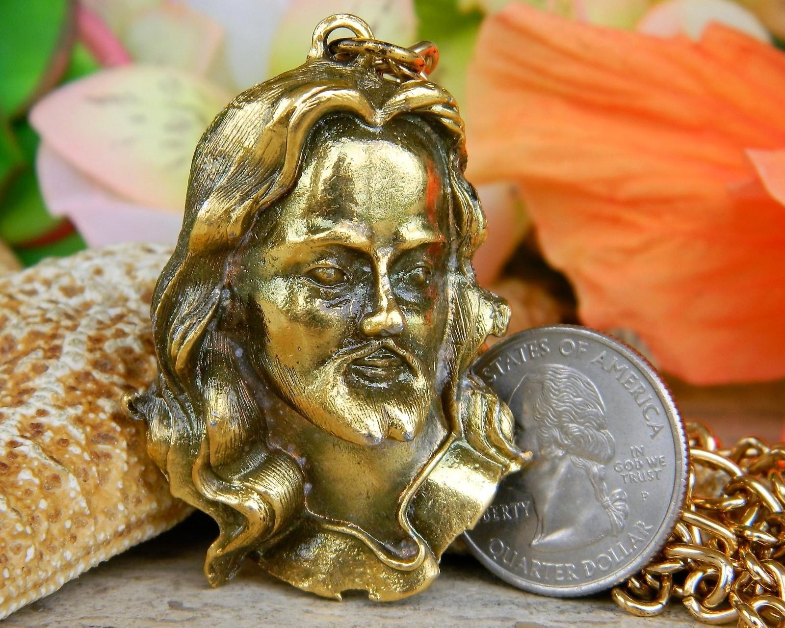 Vintage Jesus Christ Face Head Figural Pendant Chain Necklace Religion