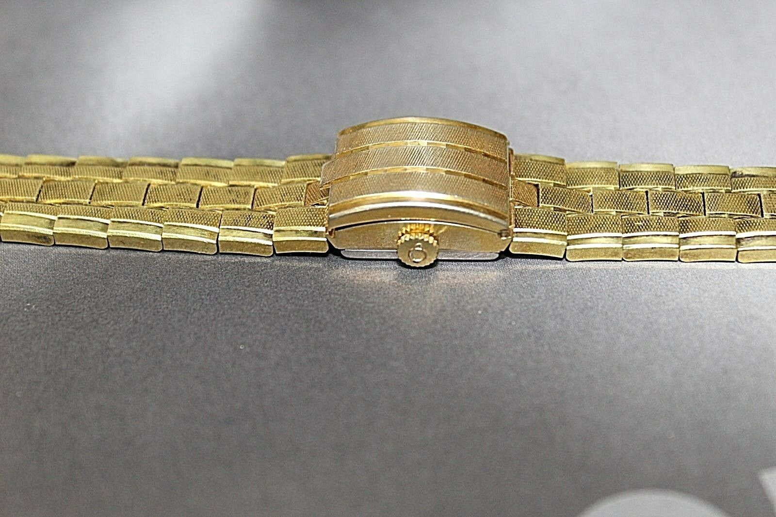 RARE VINTAGE ENICAR 17 JEWELS  WATCH SWISS MADE GOLD TONE WITH COVER BRACELET