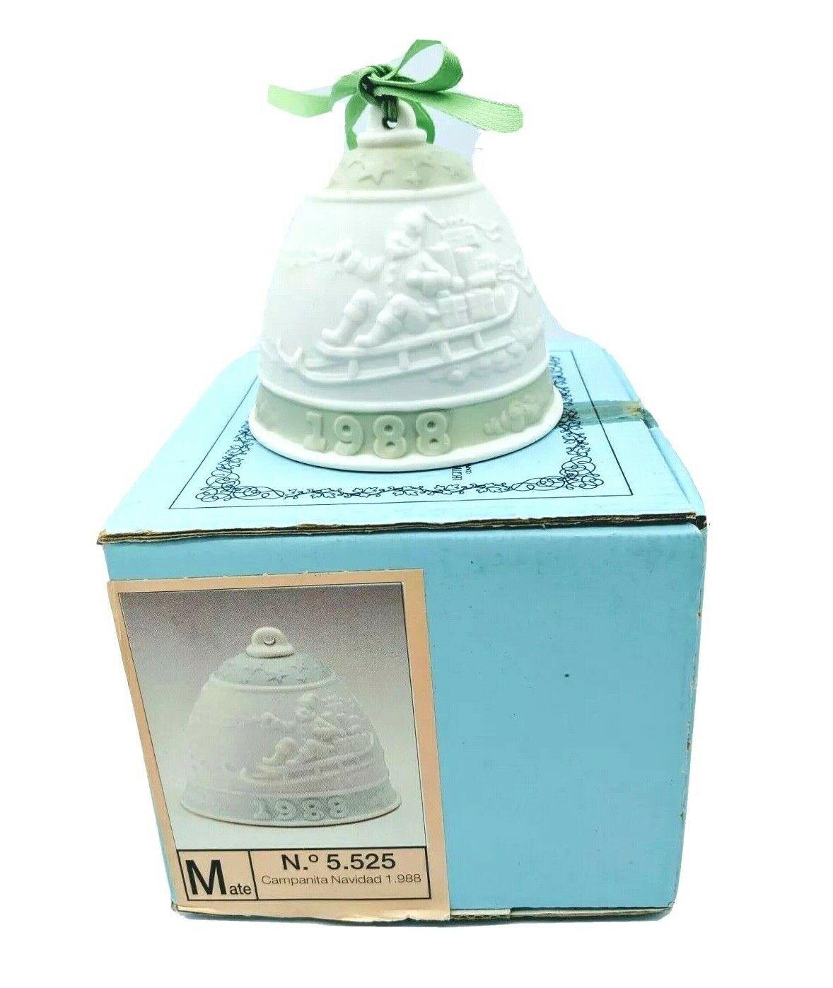 Lladro 1988 Porcelain Christmas Bell Ornament #5.525 Campanita Navidad Retired - $17.95