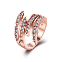 VITTORE CRYSTAL ROSE-GOLD RING SIZE 9 EUR 60 2014 SWAROVSKI JEWELRY 5095330 - $10.99