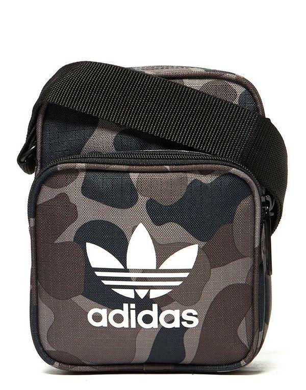 37da2c17efd6 Adidas Originals Camuflaje Mini Bolso and 25 similar items. S l1600