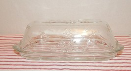 ANCHOR HOCKING QUARTER POUND BUTTER DISH & COVER~FLOWERS~SCALLOP EDGE~A1... - $14.80