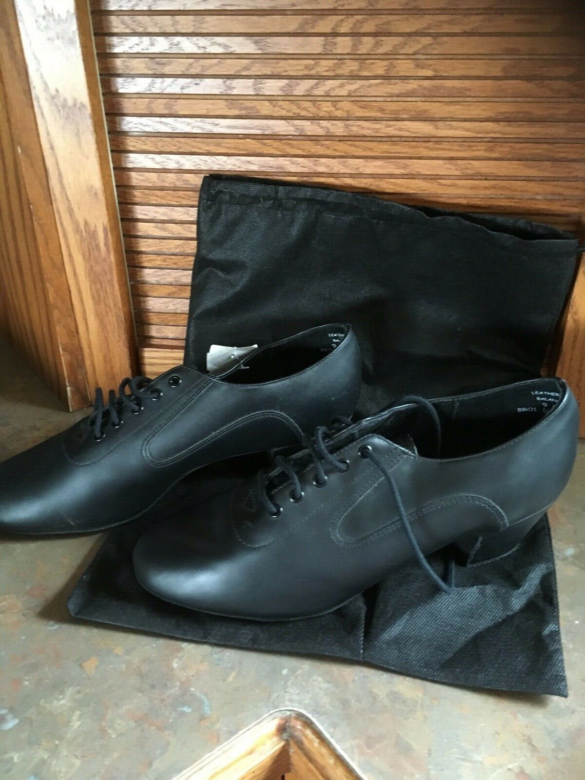 Capezio City Men's Latin Dance Shoes Black Leather  NEW!  9.5