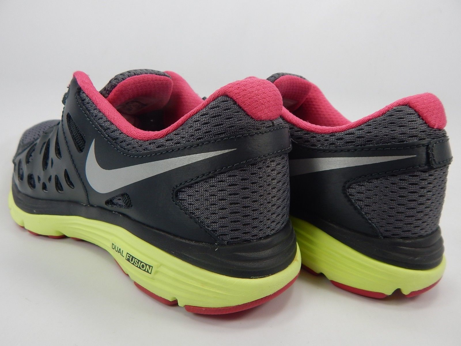 Nike Dual Fusion Run 2 Size 7.5 M (B) EU 38.5 Women's Running Shoes 595564-009