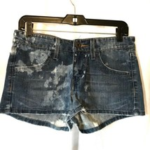 Levi Short Shorts Size 5 Distressed Summer - $12.99