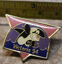 1994 Commonwealth Games Victoria Canada Orca Killer Whale Collectible Pin - $8.88
