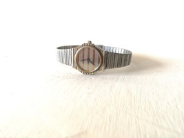 vintage watch /  ladies watch / vintage wrist watch /  watch / vintage W... - $85.00
