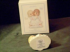 """Precious Moments """"Embrace In His Love"""" 124405 AA-191979 Vintage Collectible image 5"""