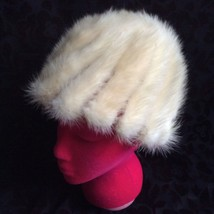 VINTAGE GIMBELS GENUINE GOLDEN PEARL MINK FUR ROUND TOP STRETCH KNITTED ... - $23.38