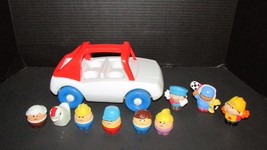 Little tikes Toddle tots vintage red white family car people and chicken... - $19.79