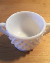 Vintage 70s Milk Glass hobnail style small sugar bowl with 2 handles image 3