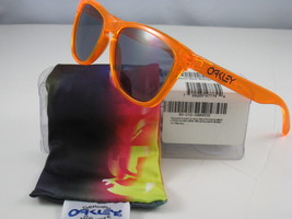 Oakley Frogskins Limited Edition Orange Grau 24-252 - $191.05