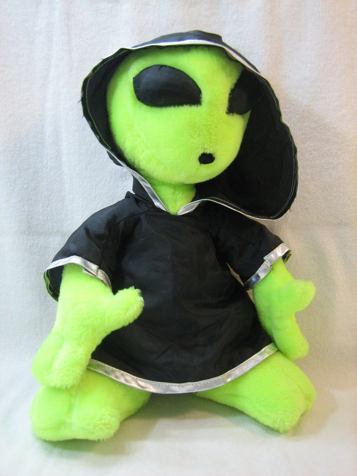 "Believe the Alien 15"" Plush in Black Cape"