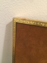 """Vintage 40s gold ornate 6 1/2"""" x 8 1/2"""" frame with gold edged oval mat  image 5"""